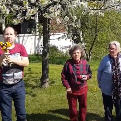 Sharing some sunshine with the Daffodil Challenge